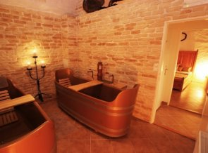 Pivní lázně Bernard, koupel LUX ( 2 pivní vany) hotel Metamorphis
